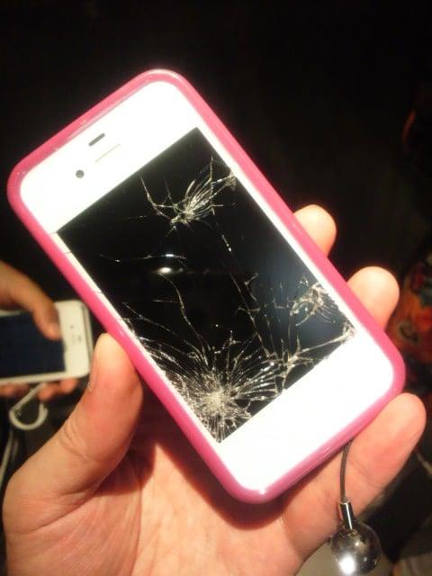 iPhone4S 液晶クラッシュ!!