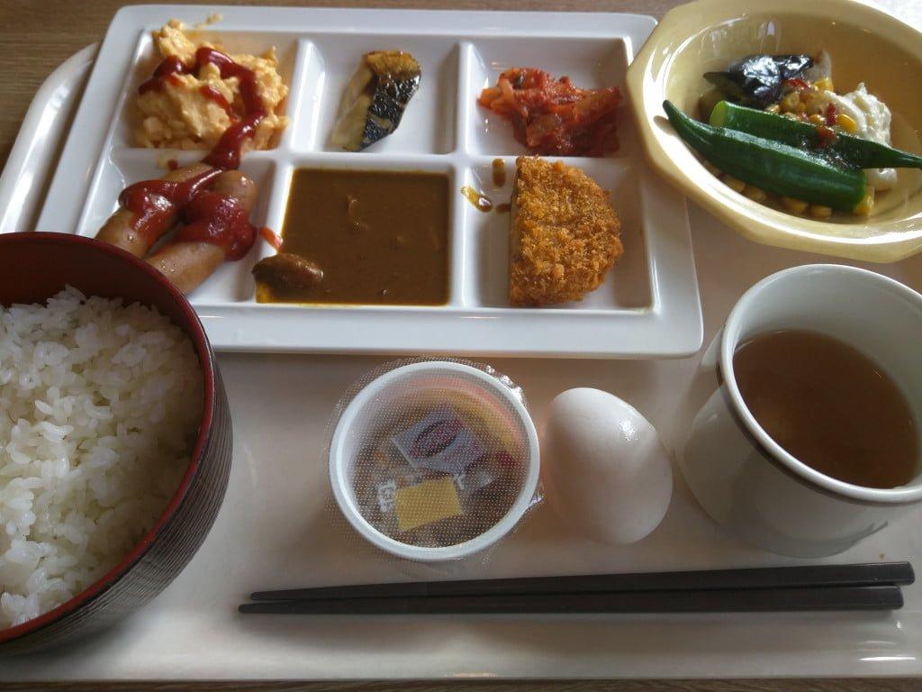 わりとマトモな朝食バイキング ~ 本駒込 ココス 駒込白山店