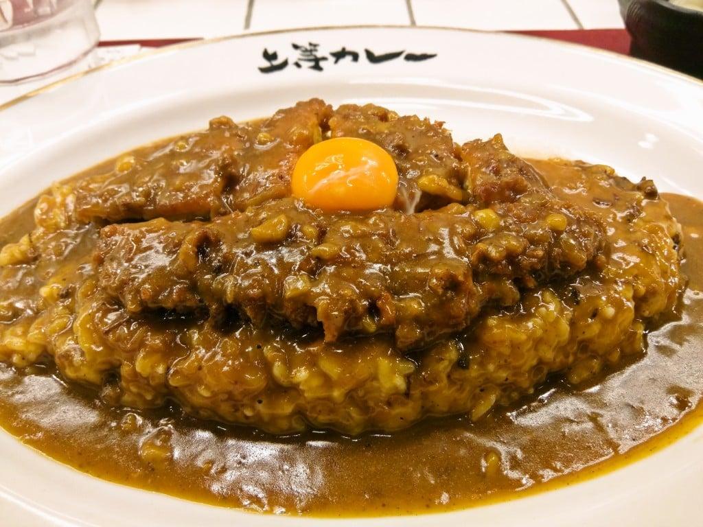 大阪で有名な甘辛カレー ~ 小川町 上等カレー 神田小川町店