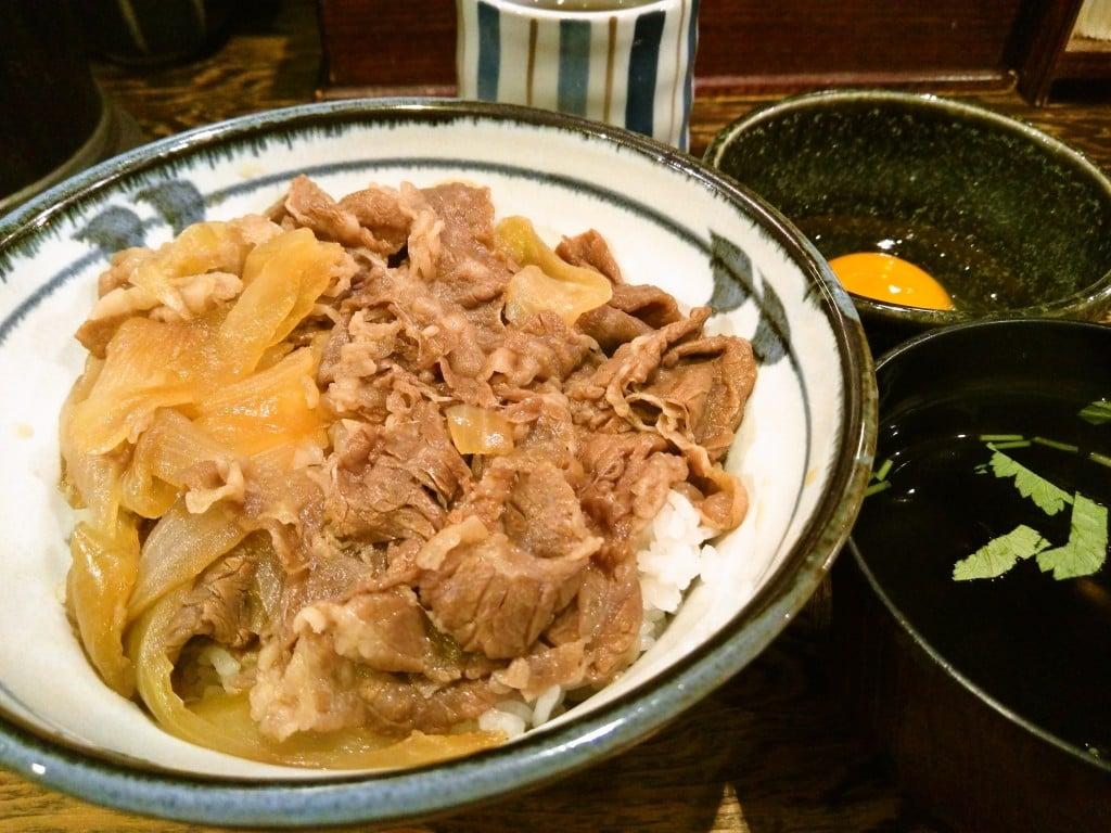 チェーンではない牛丼専門店 ~ 上野 牛の力