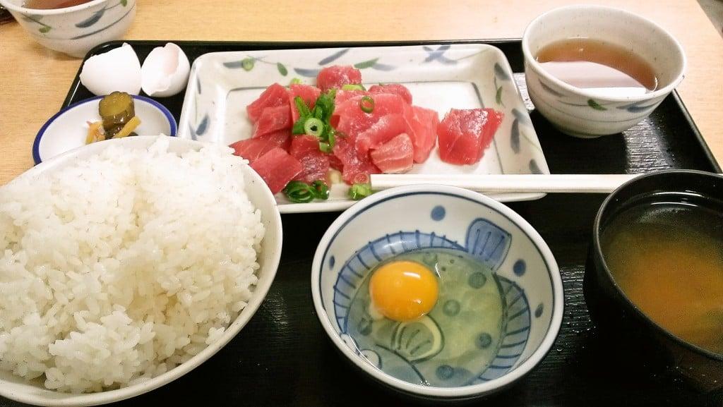 500円のお得ワンコインランチ ~ 茅場町 金波