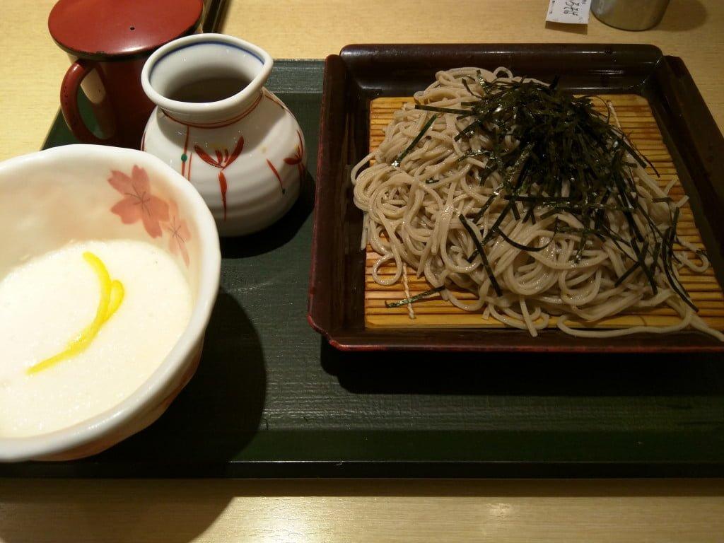 駅構内にあるワンランク上のファストフード蕎麦 ~ 上野駅 国産二八蕎麦 蕎香