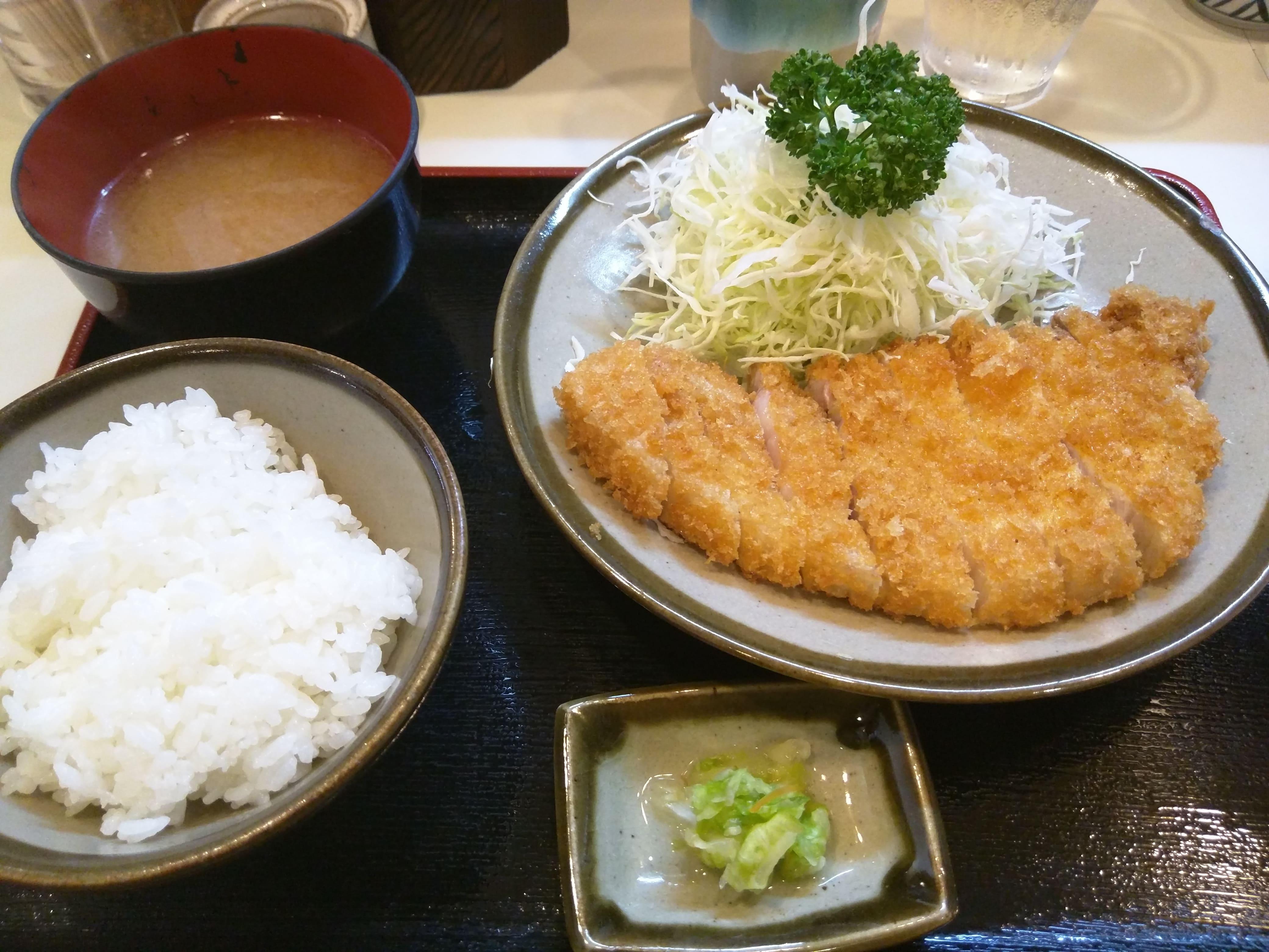 横浜に息づく味のとんかつ ~ 横浜 関内 丸和