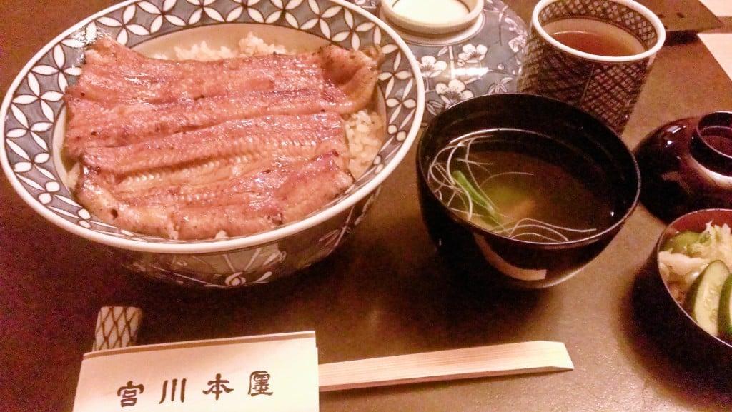 日本最高ランクの鰻丼 ~ つきじ 宮川本廛