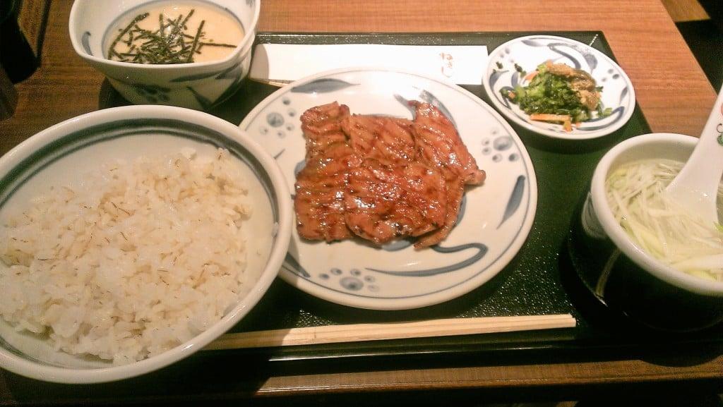ごくごく平均的な牛たん屋さん ~ 新宿 ねぎし 114ビル店