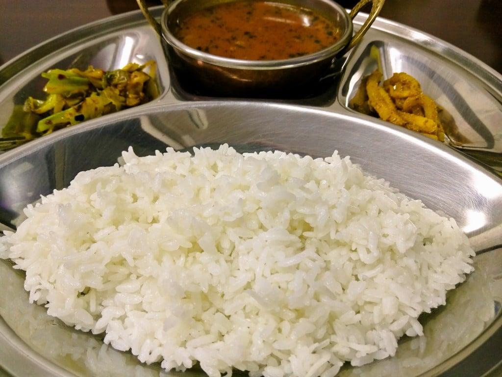 優しい味のネパールのカレーと家庭料理 ~ 巣鴨 プルジャダイニング