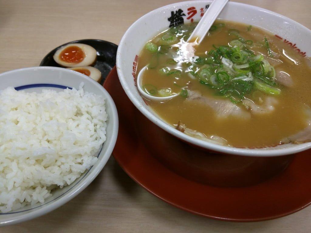 中毒性のある屋台系ラーメン ~ 千葉県松戸市 ラーメン横綱 松戸店