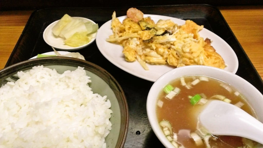 下町&昭和感覚の穴場的な中華料理屋 ~ 新富町 三久