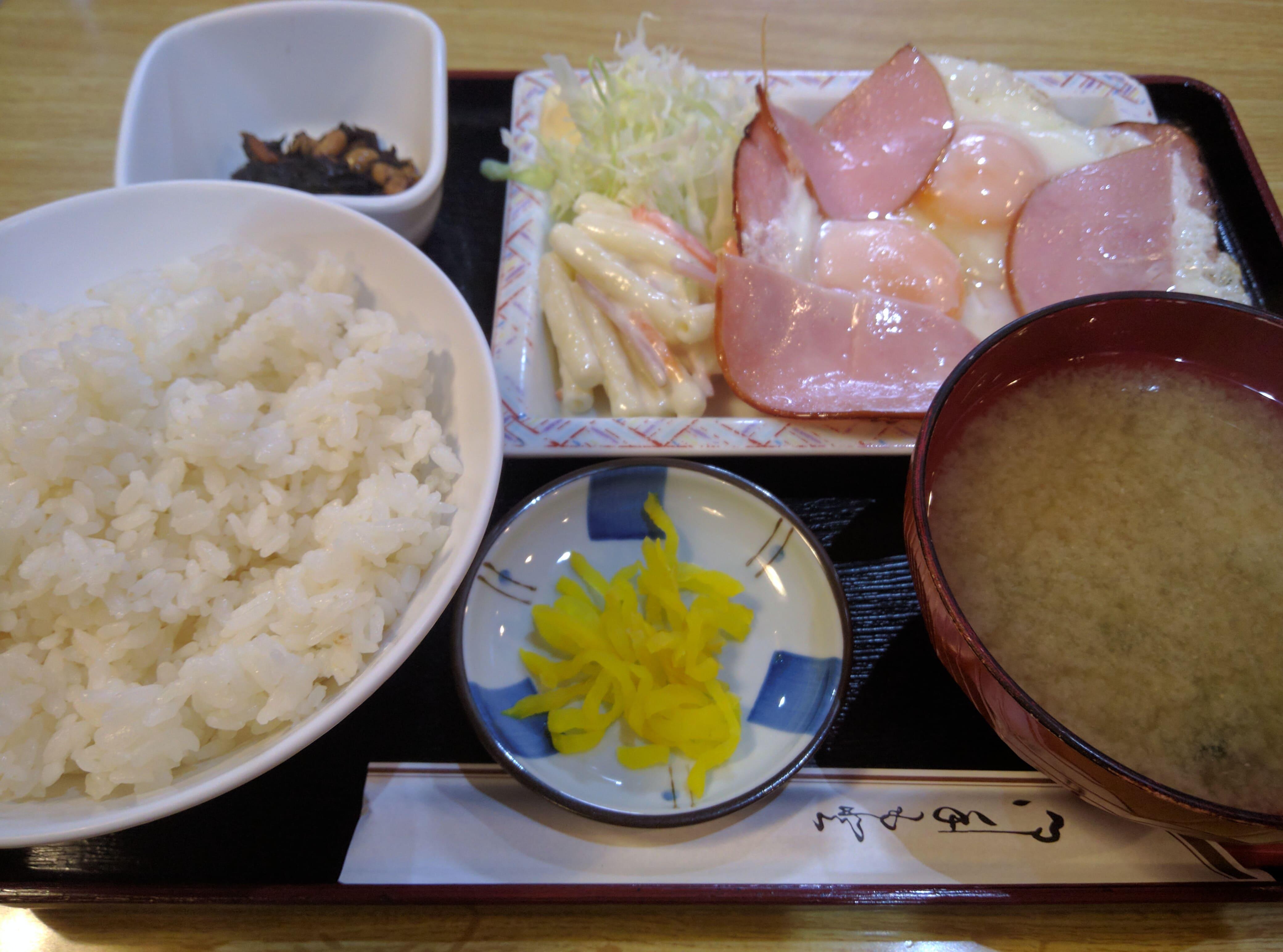 東京で最も古いサウナの食堂 ~ 鶯谷 サウナセンター大泉