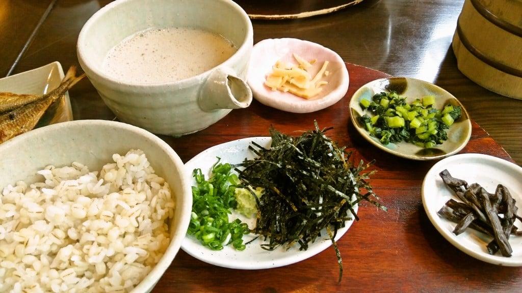 美味しい自然薯、美味しい干物 ~ 箱根 しずく亭