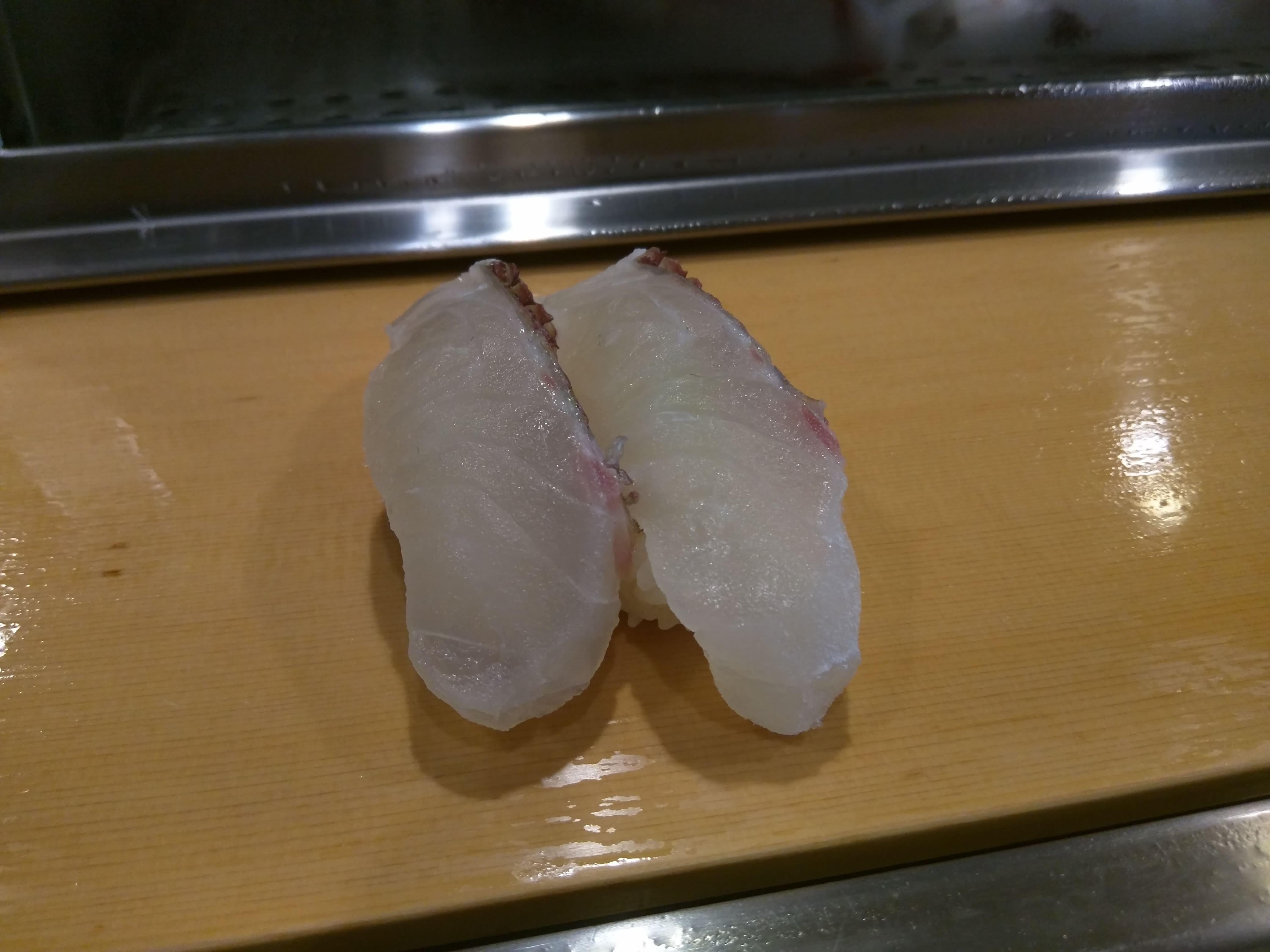 東京で1番人気と言ってもいい立ち食い寿司 ~ 立石 栄寿司