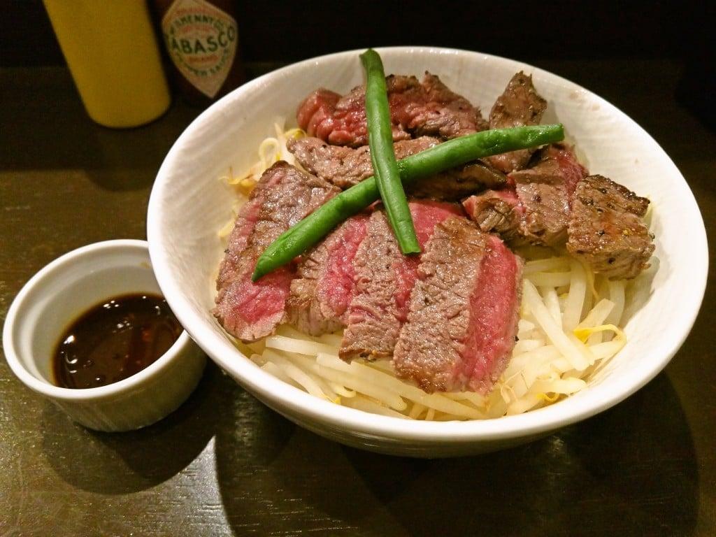 安くて美味しい本格的なステーキ丼 ~ 本駒込 TOKYO ステーキ丼 ガブス 本駒込本店