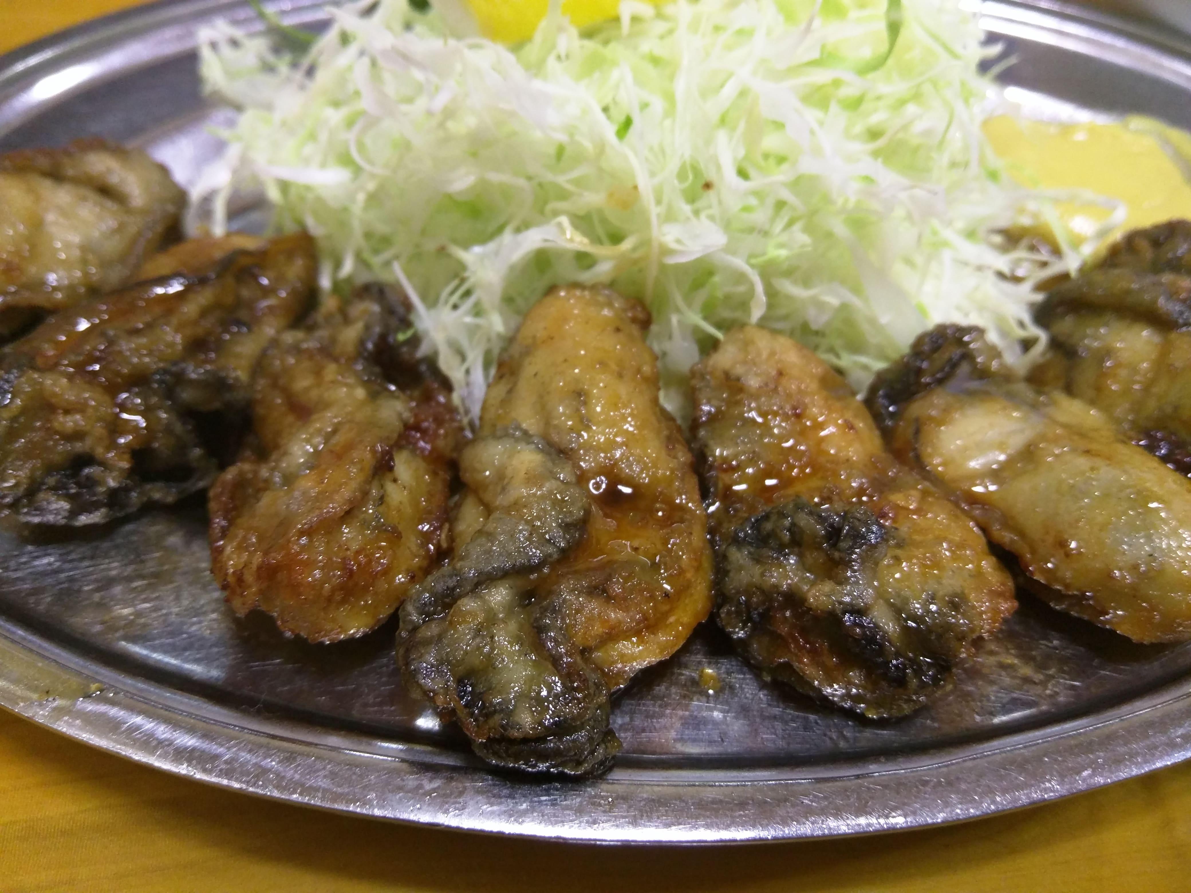 牡蠣フライもいいけどバター焼きもね ~ 淡路町 とんかつ 万平