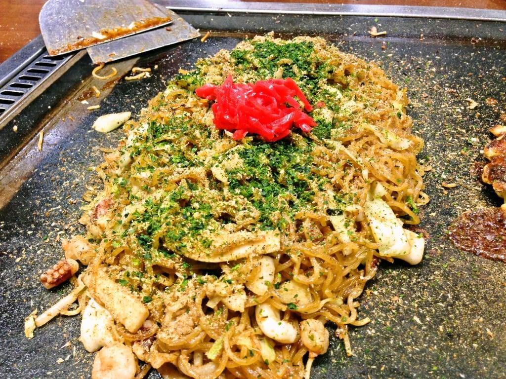 カップ焼きそばにもなってる有名な富士宮焼きそば ~ 富士宮市 うるおいてい本店
